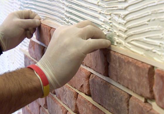 Подготовка стены для отделки декоративным камнем