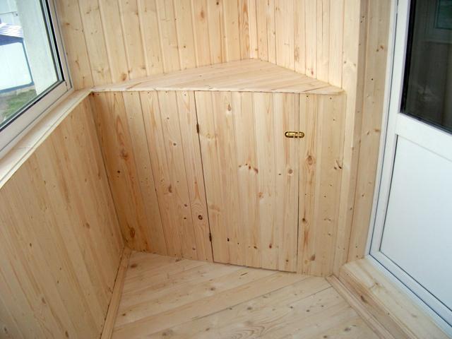 Фото угловой тумбочки для балкона