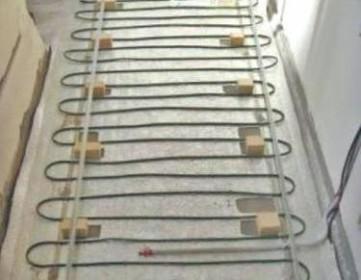 Фото нагревательных элементов и отражающей изоляции