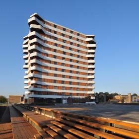 Вертикальный комплекс балконов