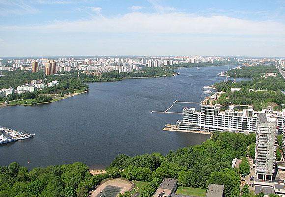 Река в Костроме