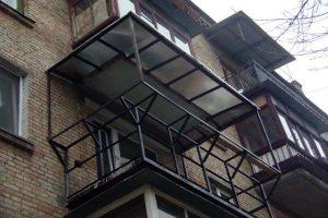 Пример кронштейна для балкона с выносом