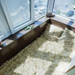 Размещение на балконе кровати