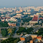 Фирмы, занимающиеся отделкой и остеклением балконов и лоджий в Омске
