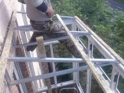 Монтаж конструкций крыши