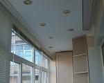 Потолок из гипсокартона на балконе-2